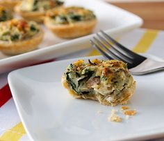 Mini Crab, Spinach, and Mushroom Tarts - Evil Shenanigans Finger Food Appetizers, Yummy Appetizers, Appetizers For Party, Finger Foods, Appetizer Recipes, Fish Recipes, Yummy Recipes, Yummy Food, Quiche