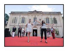 Feu et Fer - Prix Jardin de Créateurs 2016 - Fabienne Dimanov Paris Planets, Louvre, Mansions, House Styles, Building, Travel, Gardens, Fire, Environment