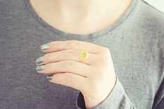 Gold Flower Ring   Wire Rose Ring   Gold Spiral Ring   Minimalist Ring   Non Tarnish Ring Handmade Rings, Handmade Jewelry, Free Ring, Be Your Own Kind Of Beautiful, Flower Plates, Knuckle Rings, Gold Wire, Gold Flowers, Ring Designs