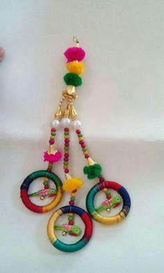 Diwali Decoration Items, Door Hanging Decorations, Rakhi Design, Saree Tassels, Diwali Craft, Diy Arts And Crafts, Hanging Wall Art, Textiles, Crafty