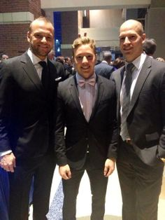 and Blake Comeau are looking snazzy for Cam Atkinson, Hot Hockey Players, Columbus Blue Jackets, Black Tie, Suit Jacket, Night, Twitter, Life, Jacket