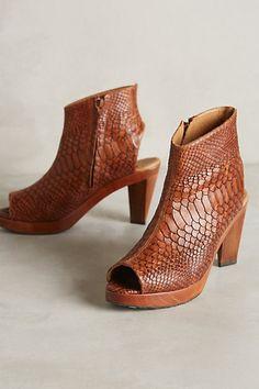 Salpy Terri Heels  anthropologie New Shoes, Shoes Heels, Wedge Heels, Shoe  Boots 730453f0ec