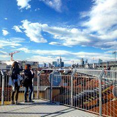 #highlinegalleria#highline#milano#milanodaclick#milanodavedere#galleriavittorioemanuele#galleria#terrazze#rooftop#tettidimilano#tettigalleria#tetto#portanuova#unicredit#gaeaulenti#unicreditower#boscoverticale#ildiamante#igersmilano#lascala#scalamilano#architecture#building#skyscraper#urban#design#arts#architecturelovers#lines by highlinegalleria