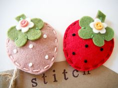 Felt hair clip Strawberry by Miki by MikiStitch on Etsy, $5.00