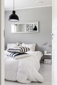 Bedroom / Muuto lamp / Black, white and grey / Noora&Noora nooraandnoora.com