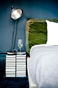 headboard love (colour and material)