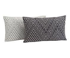 2 Coussins PAT, gris et blanc - 50*30