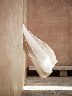 Slow Collection pour le catalogue Tine K Home - Turbulences Déco Wabi Sabi, Turbulence Deco, Natural Texture, Mood Boards, Color Inspiration, Decoration, Beautiful, Interior Design, Aesthetics
