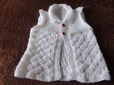 Coletinho para bebê em tricô