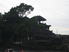 Bali Tana Loth Temple
