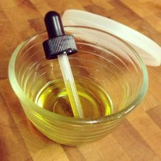 "Miracle DIY 2-ingredient, all-natural earache & ear infection remedy! ""Momma's Magic Drops!"""