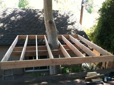 Building a Treehouse Building a Treehouse : 8 Steps (with Pictures) - Instructables Backyard Trees, Backyard Patio, Backyard Landscaping, Playground Flooring, Backyard Playground, Backyard Projects, Outdoor Projects, Tree House Accommodation, Simple Tree House