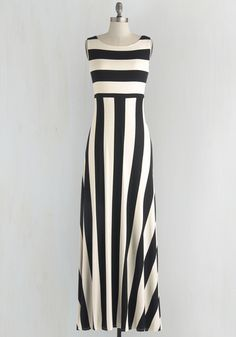 Top of the Byline Dress #ModCloth #Maxi #Ad *Love the sliming stripes