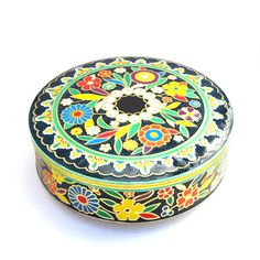 Tin box storage container Daher England cookie di AGardenCottage