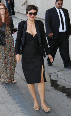 Maggie Gyllenhaal heading to her appearance on Jimmy Kimmel on June 18, 2013 / via globalgrind