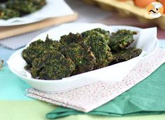 For all the spinach lovers out there, this recipe is for you! - Recipe Starter : Easy spinach fritters by PetitChef_Official Food Obsession, 20 Min, Fritters, Broccoli, Food To Make, Healthy Snacks, Food And Drink, Veggies, Mozzarella