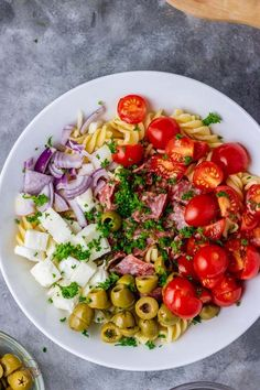 overhead shot of an Italian pasta salad in a white bowl. Best Pasta Salad, Easy Pasta Salad Recipe, Pasta Salad Italian, Pasta Recipes, Salad Recipes, Healthy Indian Snacks, Healthy Recipes, White Bowl, Summer Salads