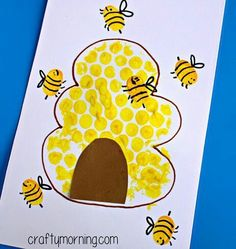 Bubble Wrap Beehive + Fingerprint Bee Craft - Crafty Morning For Kids Luftpolsterfolie Bienenstock + Daycare Crafts, Classroom Crafts, Toddler Crafts, Kids Crafts, Craft Kids, Crafty Craft, Creative Crafts, Toddler Art Projects, Creative Kids