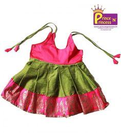 20 Trendy Hairstyles For Girls Kids Birthday Trendy Hairstyles, Girl Hairstyles, Baby Girl Dress Patterns, Stylish Blouse Design, Kids Frocks, Birthday Hairstyles, Baby Shirts, Baby Wearing, Blouse Designs