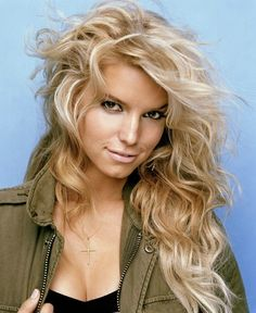 Jessica Simpson. Love her hair color