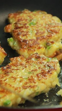 Rice Bites Related posts: Chicken Fried Rice Recipe is a perfect weeknight dinner idea! Indonesian rice dish with broccoli, Chinese cabbage, chili and fried eggs Milk rice cake with blueberries Easy Recipes Healthy Vegetarian Recipes, Snack Recipes, Dinner Recipes, Cooking Recipes, Healthy Recipes, Rice Cake Recipes, Rice Cakes, Easy Recipes, Dinner Ideas