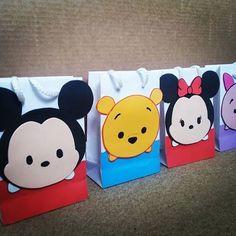Tsum Tsum Birthday Cake, Tsum Tsum Party, Disney Tsum Tsum, Disney Diy, Baby Disney, Tsumtsum, Event Themes, Goodie Bags, Baby Birthday