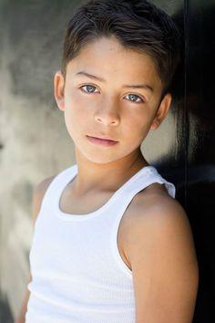 Hi I'm Levi and I'm 13. I'm single and I love swimming and BMX. Come say hi.
