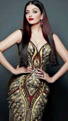 Aishwarya Rai Bachchan Biography, Lifestyle, Biodata, Family, Income and Aishwarya Rai Young, Aishwarya Rai Pictures, Aishwarya Rai Photo, Actress Aishwarya Rai, Aishwarya Rai Bachchan, Bollywood Actress, Sexy Dresses, Fashion Dresses, Conservative Fashion