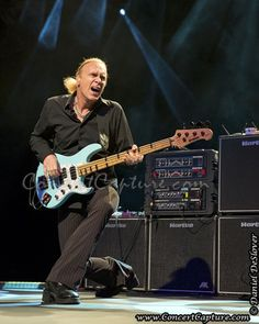 The Winery Dogs Photos - Billy Sheehan