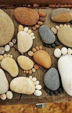 25 Beautiful Backyard Landscaping Ideas Adding Beach Stones to Modern Backyard Designs Modern Backyard Design, Large Backyard Landscaping, Landscaping With Rocks, Landscaping Ideas, Backyard Designs, Landscaping Software, Backyard Patio, Rock Garden Design, Backyard Fireplace