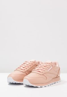 Face Stockholm x Reebok Freestyle High Sneakers Madame