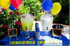 Graduation party with primary colors and school theme