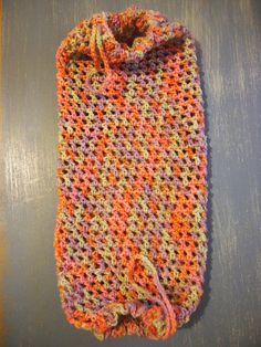 Well, three of these plastic bag holders in almost as many days, I don't plan on doing too many more of these any time soon! I made this one for my friend after she saw the photos of my other bag h...