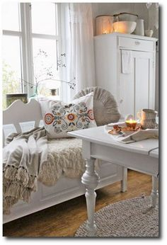 75 Best Swedish Decor Style for Your Perfect Summer Top Swedish Scandinavian Farmhouse Style for Your Home and Apartment (No Scandinavian Cottage, Swedish Cottage, Swedish Decor, Swedish Style, Swedish House, Swedish Design, Cottage Living, My Living Room, Cottage Chic