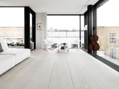 my scandinavian home: wide plank flooring White Washed Floors, Wood Parquet, Wood Flooring, Hardwood, Interior Minimalista, Floor To Ceiling Windows, Big Windows, Interior Design Inspiration, Room Inspiration
