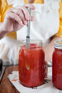 Paula Deen's step by step canning food