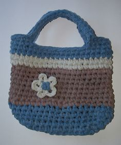 Recycle T Shirt Ideas | shirts into a cute handbag. I crocheted this purse using two t-shirts ...