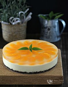 This No-Bake Orange Yogurt Cheesecake is citrusy, light and rich. It takes 10 minutes to whip up the cheese filling with a food processor. Simply place it in the refrigerator to set for at least 2 hours or overnight. To make the yummy cheesecake look more impressive, I used canned mandarin oranges with the …