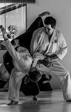 Aikido ukemi shihonage