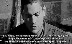 I was a complete wreck the last 15 mins of the show I couldn't stop bawling Series Movies, Tv Series, Prison Break Quotes, Broken Pictures, Dominic Purcell, Michael Scofield, The Carrie Diaries, Funny Quotes, Life Quotes