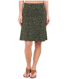 Toad&Co Oblique Jersey Knit Skirt with pine boughs. via lifestyle t3