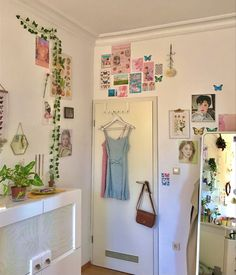 Indie Room Decor, Cute Room Decor, Aesthetic Room Decor, Room Design Bedroom, Room Ideas Bedroom, Bedroom Decor, Bedroom Inspo, Pastel Room, Pretty Room