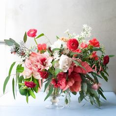 The Delightful Poinsettia / Kiana Underwood / tulipina.com | Photography: Nathan Underwood / nruphoto.com
