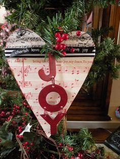 Seasons Of Joy: The Colors of Christmas