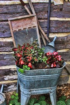 vintage wash tub sink  | Wash tub planter. Could see this in my junque syster's yard!! by ...