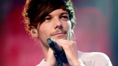 Louis Tomlinson reveals baby boy's name — see the 1st precious pic!
