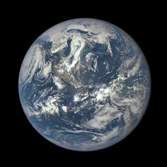 Earth imaged on July 6, 2015 by NOAA's DSCOVR satellite from L1. Credit: NOAA/NASA/GSFC – 187_1003705_Americas_dxm.png (2048×2048)