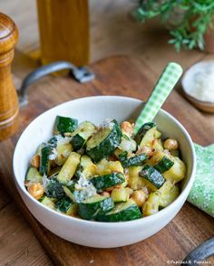 Veggie Recipes, Salad Recipes, Cooking Recipes, Healthy Recipes, Healthy Breakfast Menu, Plats Healthy, Best Dinner Recipes, Vegetable Dishes, Zucchini