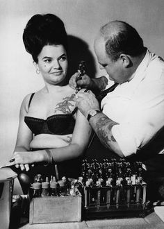 Vintage Photos Of Women With Tattoos: Just getting another tat, NBD, 1964 #historyoftattoos #historytattoos #t4aw