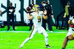 SAints QB Drew Brees throws a pass Sports Action Photography, Saints Vs, Tom Brady, Nfl, Sunday, Football, Night, Soccer, Domingo